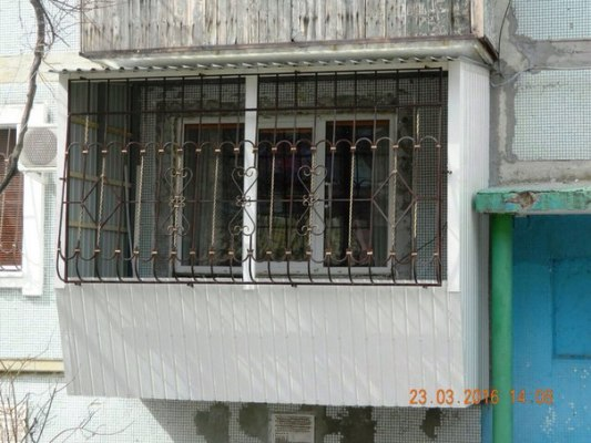 Осткление балкона под ключ в Одессе